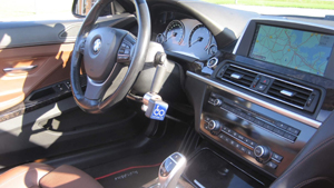 The Click & Go solution installed in a BMW.